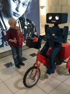 Hugo der Roboter zum verkaufsoffenen Sonntag, 25.09.2016